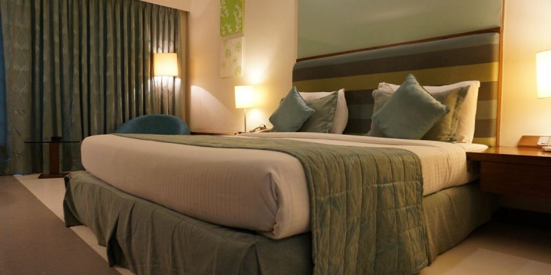 hotel-1979406_1920_opt